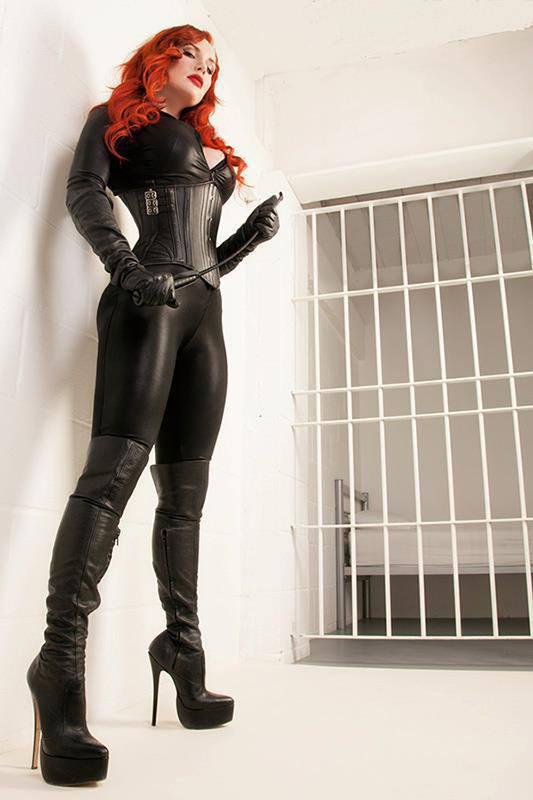 London-Mistress-Morrigan-Hel