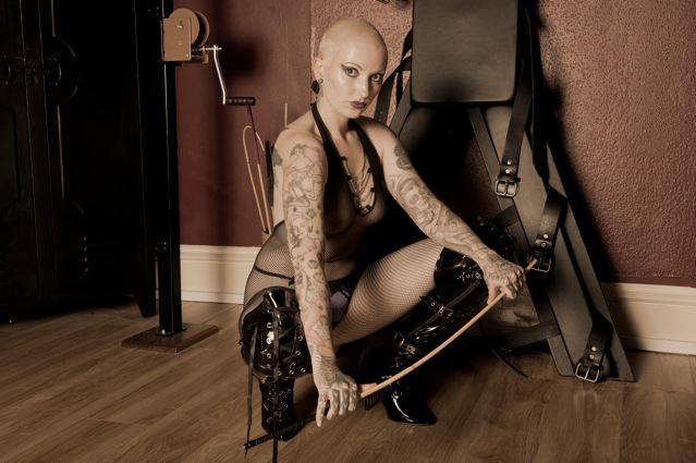 Manchester-Mistress-Saphire