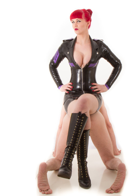 Manchester-Mistresses-Miss-Kitty