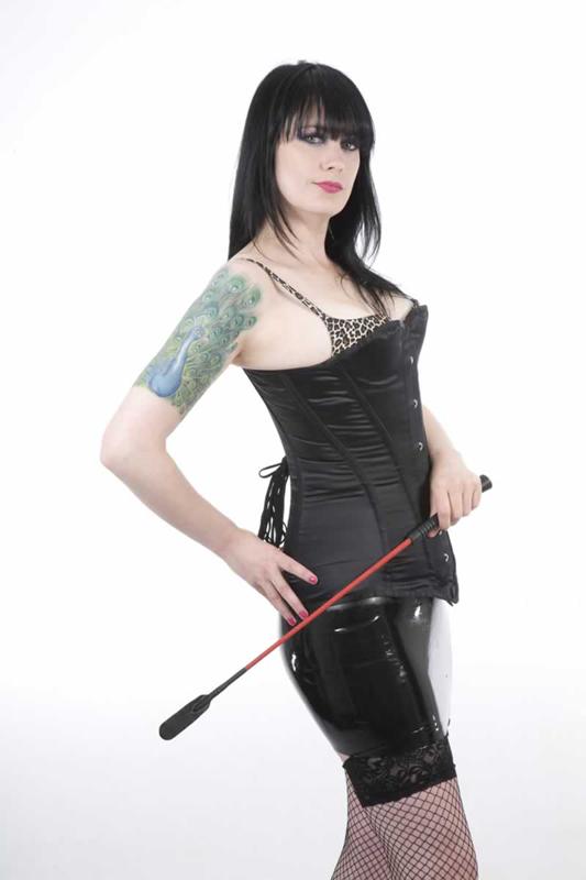 Bristol-Mistress-Suki
