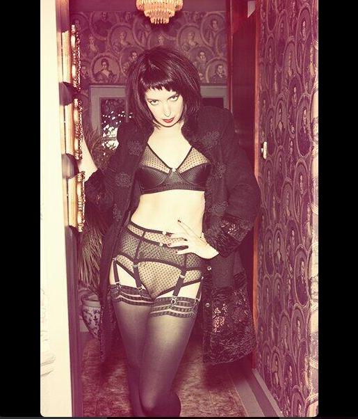 London-Mistress-Elita