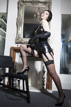 london-mistress-sadie2