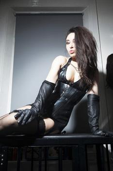 london-mistress-sadie6
