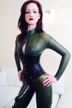 East-Midlands-Mistress-Vivienne-l'Amour1
