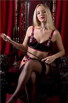 London-Mistress-Sandra2