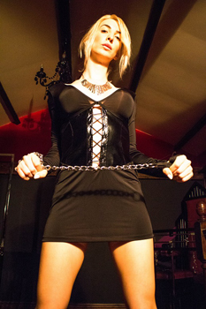 leeds-mistresses-miss-christina-rose2